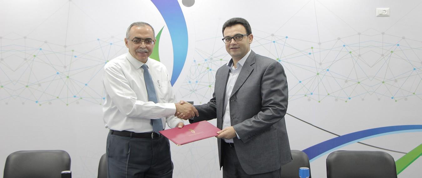 جمعية نطوف توقع مذكرة تفاهم مع الكلية الجامعية للعلوم التطبيقية