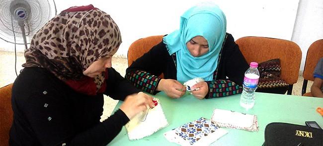 مشروع الأيادي الذهبية لتمكين المرأة اقتصادياً